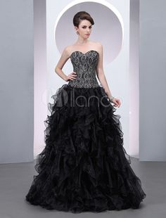 A-line Black Organza Sweetheart Neck Embroidered Evening Dress with Floor-Length Design