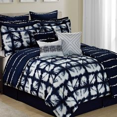 Anadarko Tie Dye Plaid 12 Piece Printed Reversible Comforter Set by Trent Austin Design Best Bedding Sets, Luxury Bedding Sets, Comforter Sets, King Comforter, Tie Dye Bedding, Ruffle Bedding, Cama Tie Dye, Duvet Cover Sets, Bed Covers