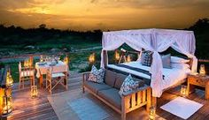 Kruger National Park South Africa safari - This definitive Kruger Park safari accommodation guide offers suggested package tours, day trips, safari lodges Kruger National Park Safari, National Parks, Luxury Tree Houses, African Holidays, Sand Game, South Africa Safari, Treehouse Hotel, Private Games, Foodie Travel