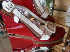 Cole Haan Nike Air Wedge Heels Moira Air Sling Back Size 7 Ivory & Red Patent $119.00