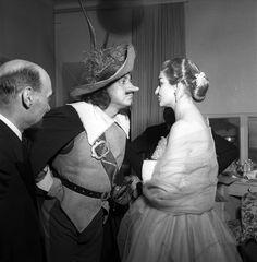 """Ramon Vinay in """"Cirano di Bergerac"""" with Maria Callas, 1954 http://www.archiviolascala.org/"""