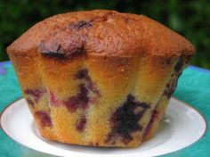 Recipe for Red Berry Muffins: The Easy Recipe - Recipes Easy & Healthy Muffin Fruits Rouges, Breakfast Muffins, Breakfast Recipes, Berry Muffins, Food Inc, Dessert Aux Fruits, Sweet Cooking, Fat Foods, Biscuit Cookies