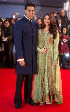 Aishwarya Rai in a gorgeous green and gold Sabyasachi with Abhishkek Bachchan at TOIFA