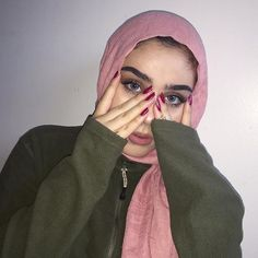 For those asking about my contacts these are form ❤️ and yes my lashes are natural. Girl Hijab, Hijab Outfit, Hijab Evening Dress, Hijab Chic, Stylish Hijab, Muslim Women Fashion, Modesty Fashion, Muslim Hijab, Girl Fashion