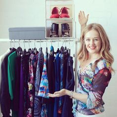 How to organise your closet Tracy Gold, How To Organize Your Closet, Gold Fashion, Fashion Tips, Visit Website, Get Dressed, Organization, Blouse, Youtube