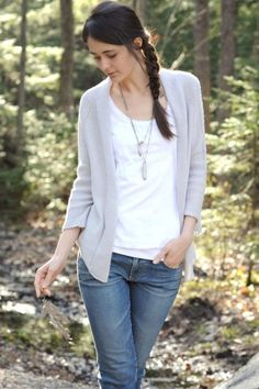 love this buttonless cardigan.