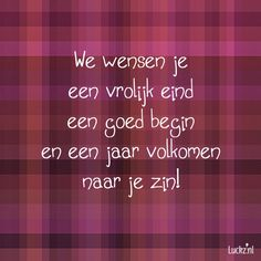 We wensen je, leuke kerst tekst voor op een kerstkaart. Luckz.nl ★ voor meer kerstwensen en unieke kerstkaarten designs. Diy Christmas Cards, Christmas Quotes, Christmas Wishes, Christmas And New Year, Xmas Cards, Christmas Time, Wall Quotes, Words Quotes, Sayings