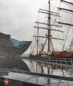 #stacked #ship #rrsdiscovery #captainscott #vandamuseumdundee #reflectingpool  #photoaday365 #2017photoaday365 #20thNovember2017 #photochallengeDMR #day324 of365  #tph_70 #tph_70_dapperdavid1971 Photos from my travels