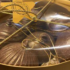 steliosparliaros sweetalchemy glykesalchimiesofficial christmas chocolate gold happy happynewyear shop pastryshop Pastry Shop, Chocolate, Happy New Year, Sweet, Christmas, Gold, Instagram, Candy, Xmas