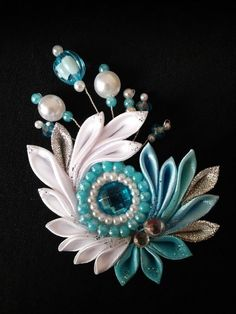Teal and white kanzashi bow
