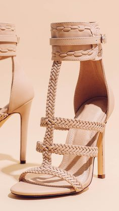 FINESSE #lolashoetique #new #nude #nudes #style #sexy #chic #fashion #heels #highheels #strappy #details