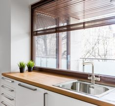 One, two, or three bowls – how you function in your kitchen and your bench space will determine how many bowls you choose.  If you have a small kitchen, or limited bench space then choose a sink that will work in your space. 15