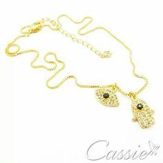 ✌ Colar Amuletos - folheado a ouro com dois pingentes - um de Hamsá e um de Olho Grego - cravejado de zircônias. ✨ De: R$ 65,90 Por: 52,72  DIA DO CONSUMIDOR ATÉ 22.03  Cadastre seu email no site e receba novidades e ofertas especiais!!!!  #Cassie #semijoias #acessórios #moda #fashion #estilo #instalook #inspiração #tendências #trends #brincos #brincoslindos #pulseirismo #lookdodia #zircônias #brilho #amo #folheado #dourado #brincoleque #brincoleve #colar #pulseiras #maxibrinco #anel…