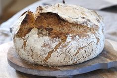 Supergodt og luftig eltefritt brød Food And Drink, Baking, Eat, Recipes, Pizza, Artisan Bread, Bakken, Backen