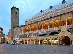 Piazza della Frutta (Padua, Italy): Top Tips Before You Go - TripAdvisor