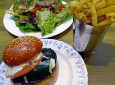 hubbard and bell restaurant, vegetarian burger with fries