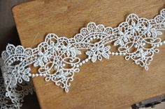 Off White Venice Lace Trim Retro Aulic Embroidered Scalloped Lace Trim 1.57 Inches Wide 2 Yards