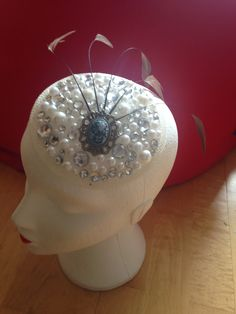 Beautiful bling and pearl vintage style piece