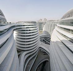 Zaha Hadid, vida y obra de la arquitecta que lo cambió todo