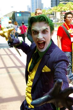 The Killing Joke. The Joker Portrayed by *Anthony Misiano*: Cosplay Genius! Awesome Cosplay, Best Cosplay, Anthony Misiano, Greatest Villains, Cosplay Ideas, Dc Universe, Marvel Dc, Joker, Fancy