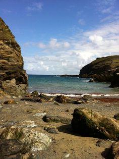 Merlin's cave, Cornwall @IpsalegitPhotos
