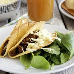 Make crispy taco shells that are baked, not fried! Plus a tasty homemade taco seasoning mix. Healthy Eating Recipes, Vegetarian Recipes, Cooking Recipes, Baked Taco Shells, Homemade Taco Seasoning Mix, Seasoning Recipe, Crispy Tacos, Best Mexican Recipes, Spanish Recipes