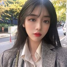Image may contain: 1 person, outdoor and closeup Girl Korea, Ulzzang Korean Girl, Grunge Girl, Aesthetic Fashion, Huda Beauty, Beauty Makeup, Pretty Woman, Beauty Women, Asian Beauty