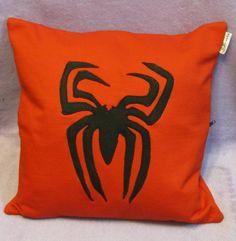 Almofada com aplicação - Homem aranha