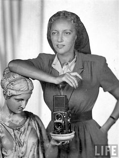LIFE photographer Nina Leen posing with Rolleiflex camera (1949). Photograph by Serge Balkin. LIFE. Leen's first photographs to be published in LIFE in April 1940 were of tortoises at the Bronx Zoo, taken with her Rolleiflex camera. While she never became a staff photographer at LIFE, she contributed as a contract photographer until the magazine closed in 1972. Leen was a prolific photographer of fashion for LIFE, and was long married to the fashion photographer Serge Balkin.