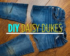 How to Make Your Own Daisy Dukes- torn & scalloped jean shorts