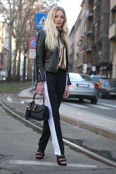 Clara Paget Off Duty Street Style Inspiration Sport Fashion, Fashion Pants, Fashion Women, Chic Outfits, Sport Outfits, Clara Paget, Urban Chic, Ideias Fashion, Street Style