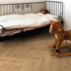 Doprodej lepené vinylové podlahy Expona Domestic 5987 Light Classic Oak Toddler Bed, Classic, Furniture, Home Decor, Child Bed, Derby, Decoration Home, Room Decor, Home Furnishings