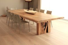 Oak dinning table for F&J — Jonathan Field Bespoke Furniture, Rustic Furniture, Cool Furniture, Furniture Ideas, Japan Interior, Dinning Table, Dining Rooms, Tree Table, Kitchen Remodel
