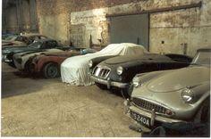 Rusty Cars Abandoned Barn Finds Barns Vehicles Portugal Trucks Car