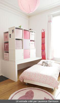 Des rangements dans tous les coins lit mezzanine armoire - Lit estraderaisons pour aimer le lit estrade ...