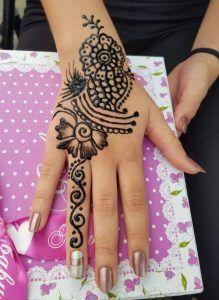 Hennatetoválás Hand Henna, Hand Tattoos