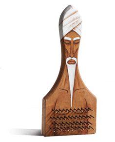 EcoNotas.com: Esculturas Recicladas pro Gilbert Legrand, Arte Ecoresponsable V Parte Cepillo metálico convertido en faquir