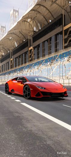 Latest Lamborghini, Sports Cars Lamborghini, Lamborghini Huracan, Car Wallpapers, Wallpaper Backgrounds, Car Hd, Engin, Cool Cars, Dream Cars