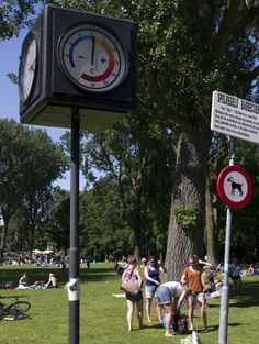 Pretty much the perfect day in Amsterdam according to the thermometer in Erasmuspark. Glad I got to enjoy it because it's October 24th today...