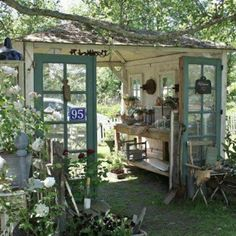 Check out this Recycled garden shed. I love how open it is More The post Recycled garden shed. I lo . Garden Cottage, Diy Garden, Dream Garden, Home And Garden, Garden Sheds, Garden Nook, Garden Arbor, Old Garden Gates, Recycled Garden Art