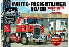 White Freightliner 1//25 dual diesel fuel tanks model big rig semi truck lot