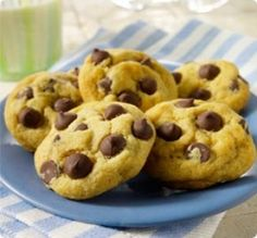 Splenda Chocolate Chip Cookies- And with a few more substitutions; I can further reduce the carb count!!