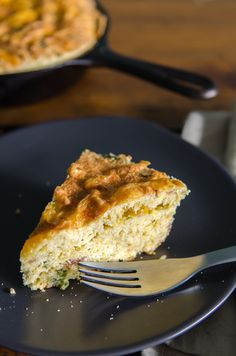 Gluten Free Bacon, Green Onion and Cheddar Cornbread perfect for any occasion and sure to be a hit at your next barbecue. Perfect with chili, fried chicken, ribs, well, just about anything!