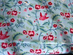 Garland - hellblau mit kleinen roten Vögelchen - 150 cm breit ÖKOTEX in Bastel- & Künstlerbedarf, Stoffe | eBay!