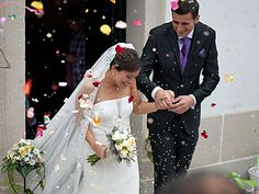 wedding-bride-groom-confetti. Article about pre-wedding cold feet as a predictor of marital satisfaction.