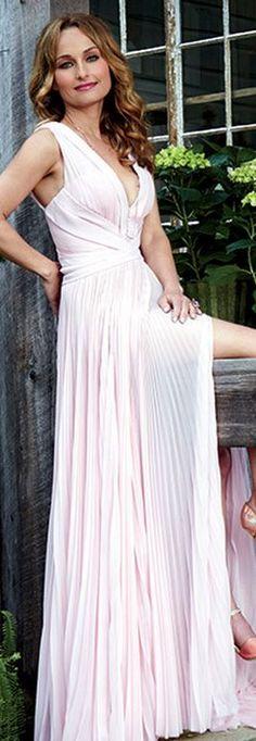 Giada De Laurentiis: Dress – J. Mendel  Necklace – London Collection  Shoes – Oscar de la Renta Giada De Laurentiis Divorce, Celebrity Stars, Celebrity Chef, Celebrity Women, Chefs, Fatale, Sexy Dresses, Formal Dresses, Fashion Dresses