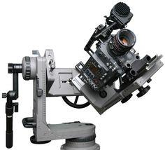 3 akslı Cartoni Lambda Kafa Haziran 2002'de Türkiye'ye ilk olarak Lokomotif Kamera tarafından getirildi... Farklı ekipmanları ilk olarak sektöre sunmak bizi motive ediyor… Gym Equipment, Workout Equipment