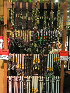 Dog Collars Store Display Pet Store Display, Store Displays, Craft Booth Displays, Craft Booths, Window Displays, Grooming Shop, Dog Grooming, Pet Boutique, Boutique Ideas