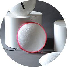 applique Lune blanc et rose http://www.serendipity.fr/applique-Lune-blanc-et-rose/8-2847/p