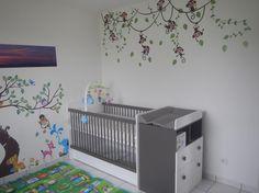 A découvrir : le Lit bébé Malte taupe et blanc d'Amire !   #Chambre #enfant #france #bio #bois
